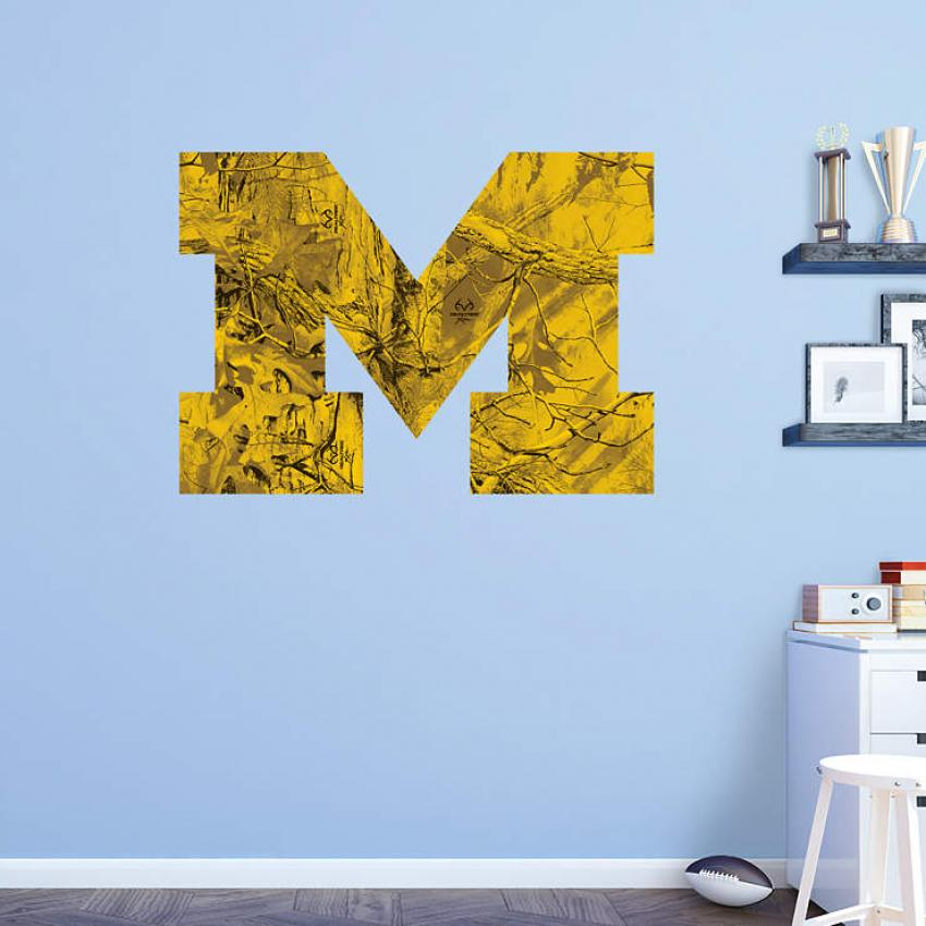 New Realtree Camo College Wall Arts and Decals by Fathead | Realtree B2B